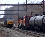 CSX 5498 on Q034 meets BNSF power on K040
